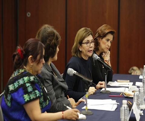 http://legacy.canaldelcongreso.gob.mx//files/imagenes/Noticiasfotos/MesaCEDAW.jpg ---- /files/imagenes/Noticiasfotos/MesaCEDAW.jpg