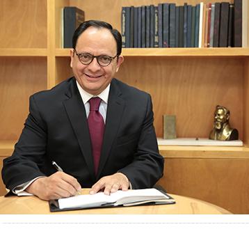 Jorge Islas Licenciado en Derecho por la Universidad Nacional Autónoma de México y Maestro en Leyes por la Universidad de Columbia en Nueva York